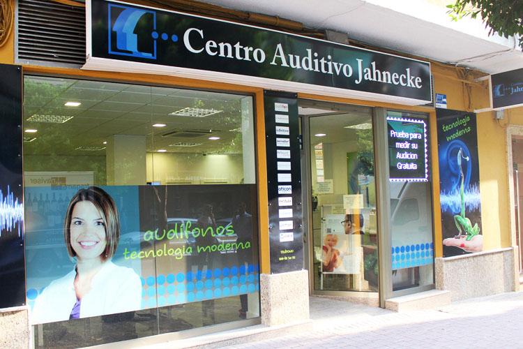 Instalación de mobiliario Centro Janheke